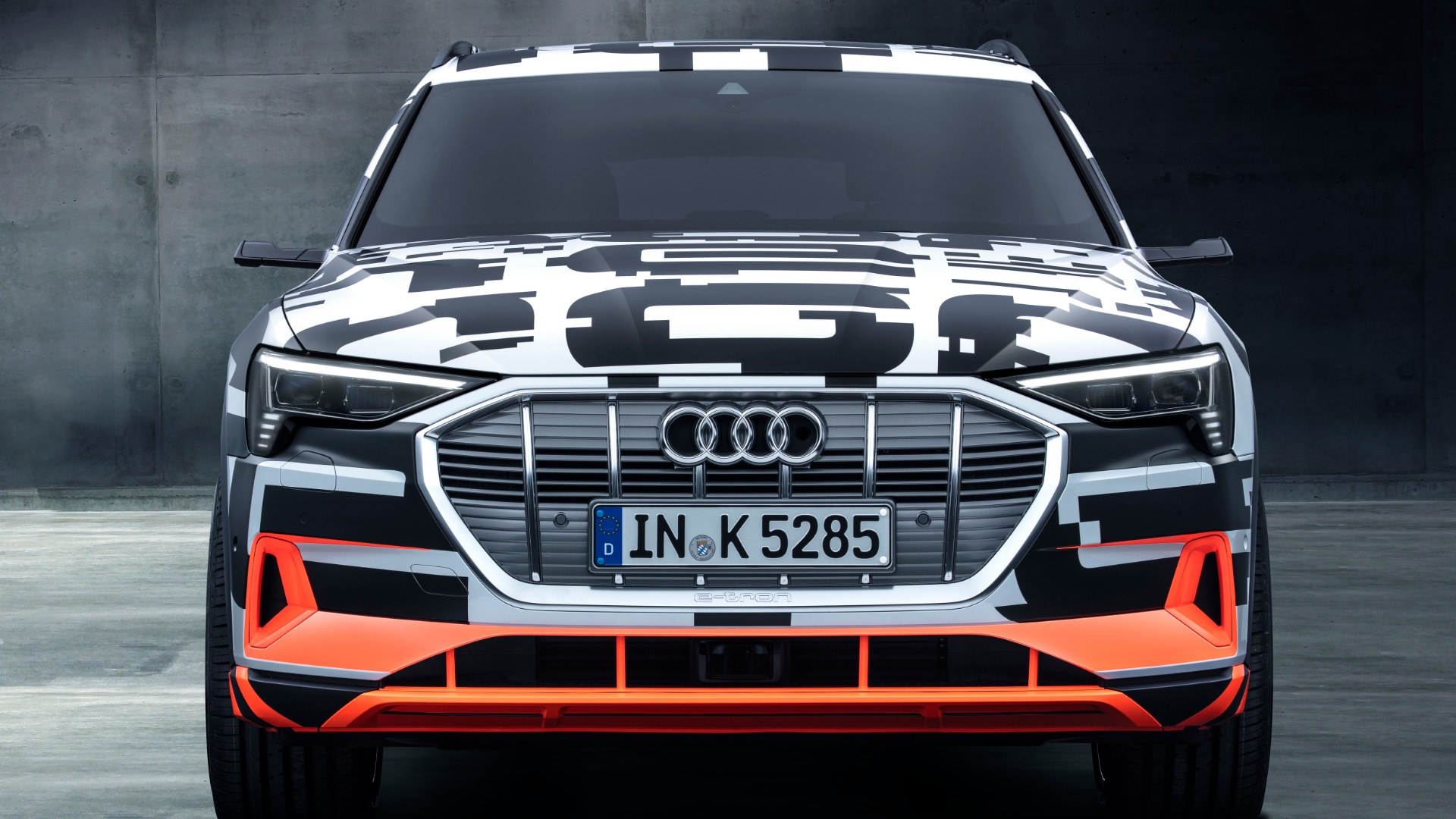 The prototype's special camouflage film proved to be a real eye-catcher: a detail with a message – Audi will be fully electric in 2018.