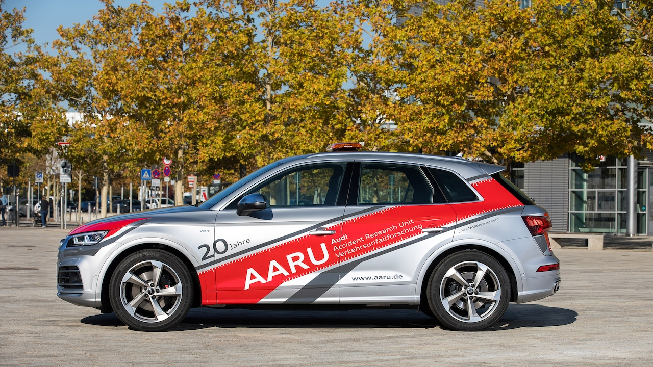 AARU (Audi Accident Research Unit) service vehicle