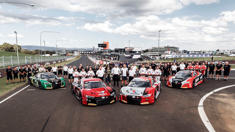 Team photo with Audi R8 LMS