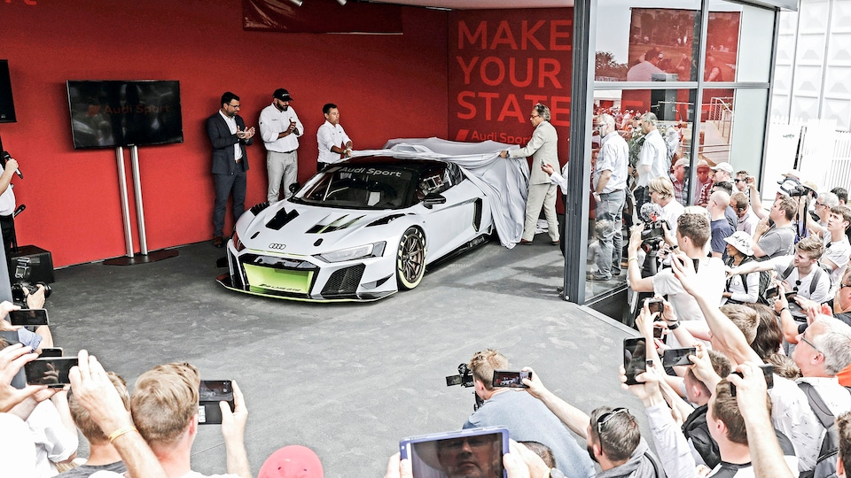 Audi R8 LMS GT2 being unveiled