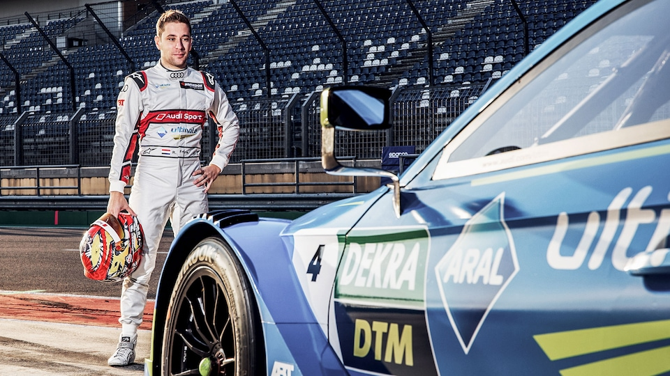 Robin Frijns with the Audi RS 5 DTM