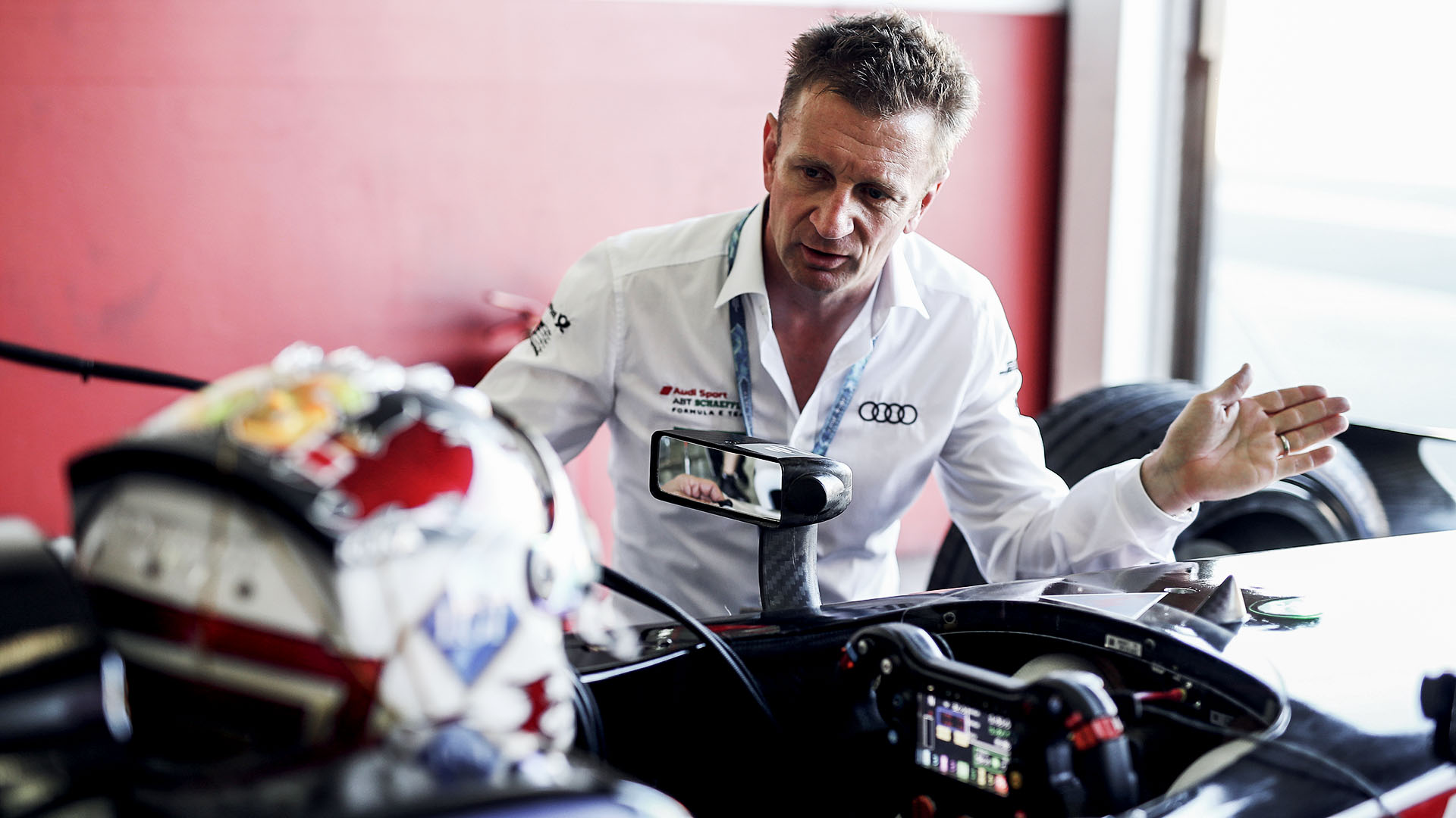 Allan McNish in the garage