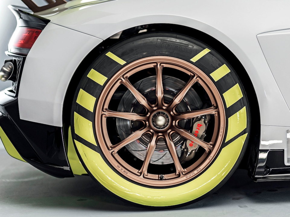 Rear wheel of the Audi R8 LMS GT2