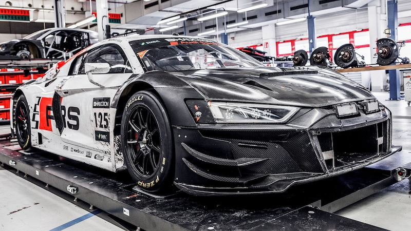 Audi R8 LMS in the workshop