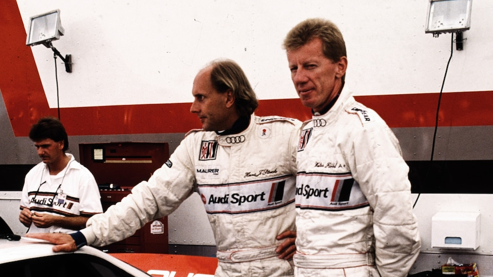 Hans-Joachim Stuck und Walter Röhrl in the garage