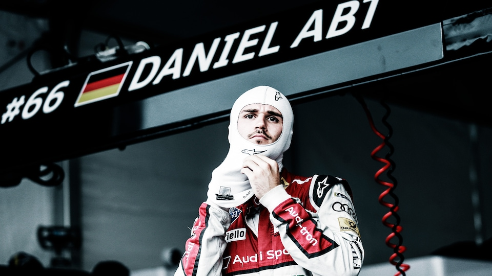 DANIEL ABT, WHO SCORED HIS FIRST TWO FORMULA E VICTORIES IN 2018 IN MEXICO CITY AND BERLIN, EXPLAINS THE START IN AN AUDI E-TRON FE04 FROM THE COCKPIT PERSPECTIVE: