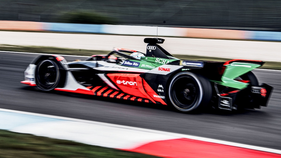 Audi e-tron FE06 on the race track