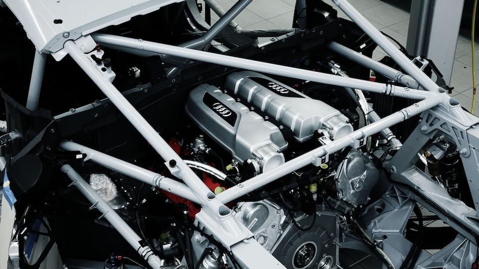 Engine of the Audi R8 LMS