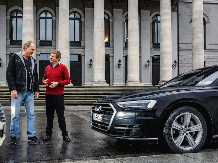 A duel in the Audi A8: HERE navigation vs. taxi driver