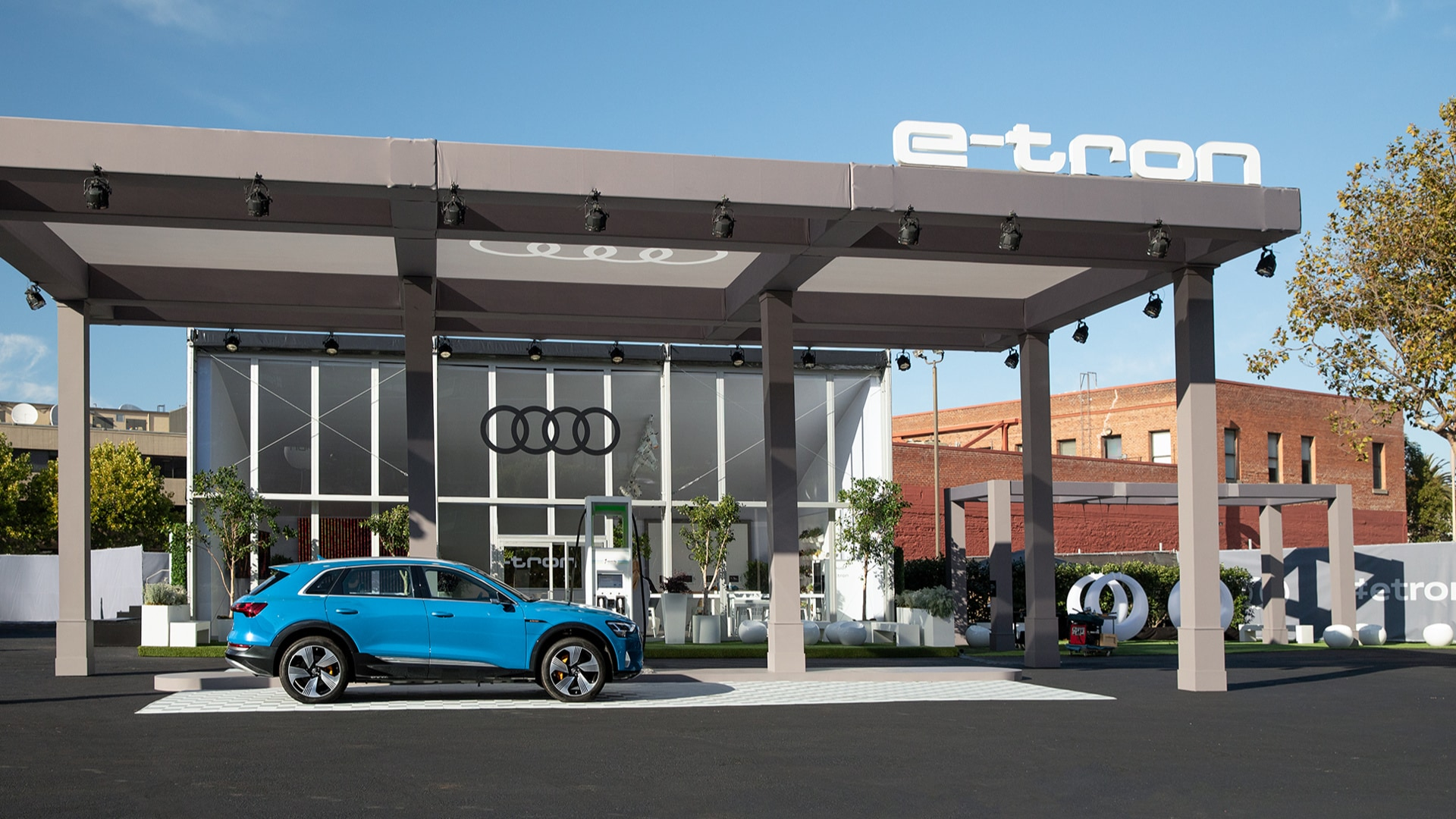 how audi is bringing the e-tron to downtown san francisco | audi