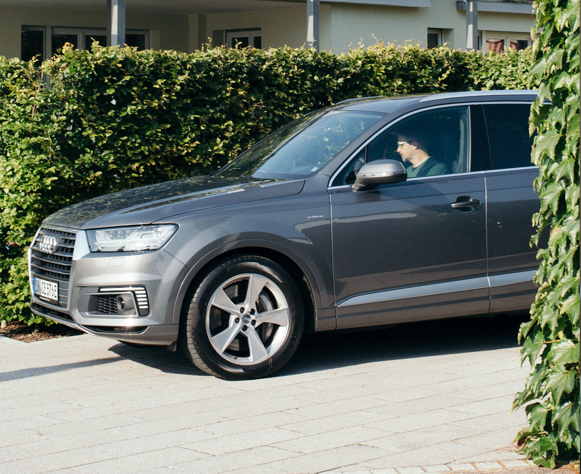 The Audi Q7 e-tron quattro: