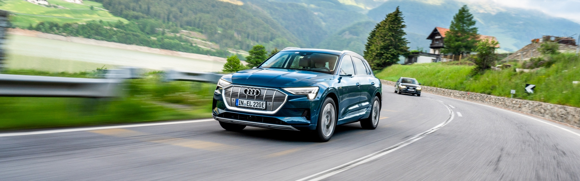 Borderless e-mobility: through Europe with the Audi e-tron