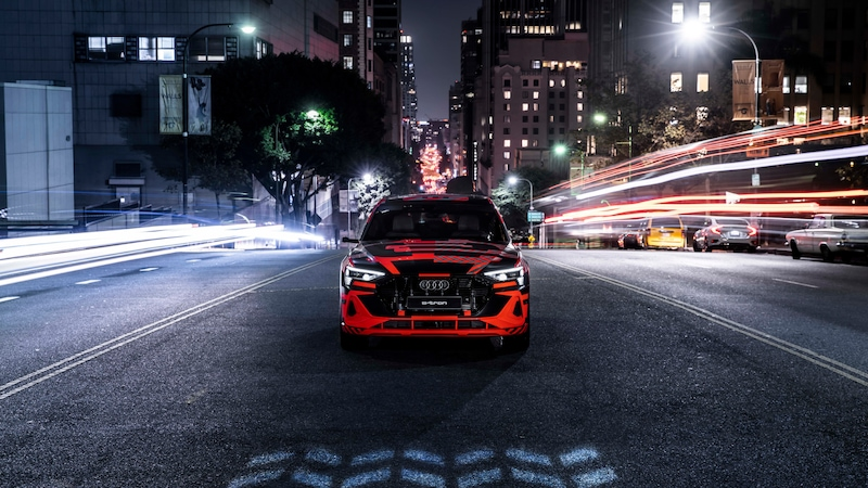 Digital Audi Matrix LED headlights: one million pixels dancing in step