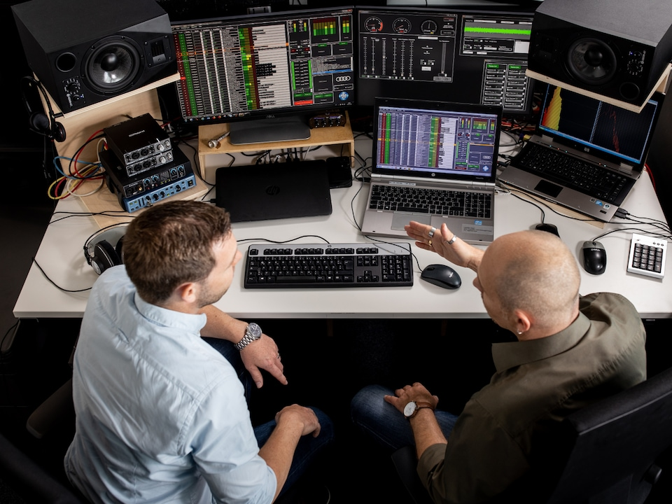 Electric car sound studio — Stephan Gsell and Rudi Halbmeir at the desk