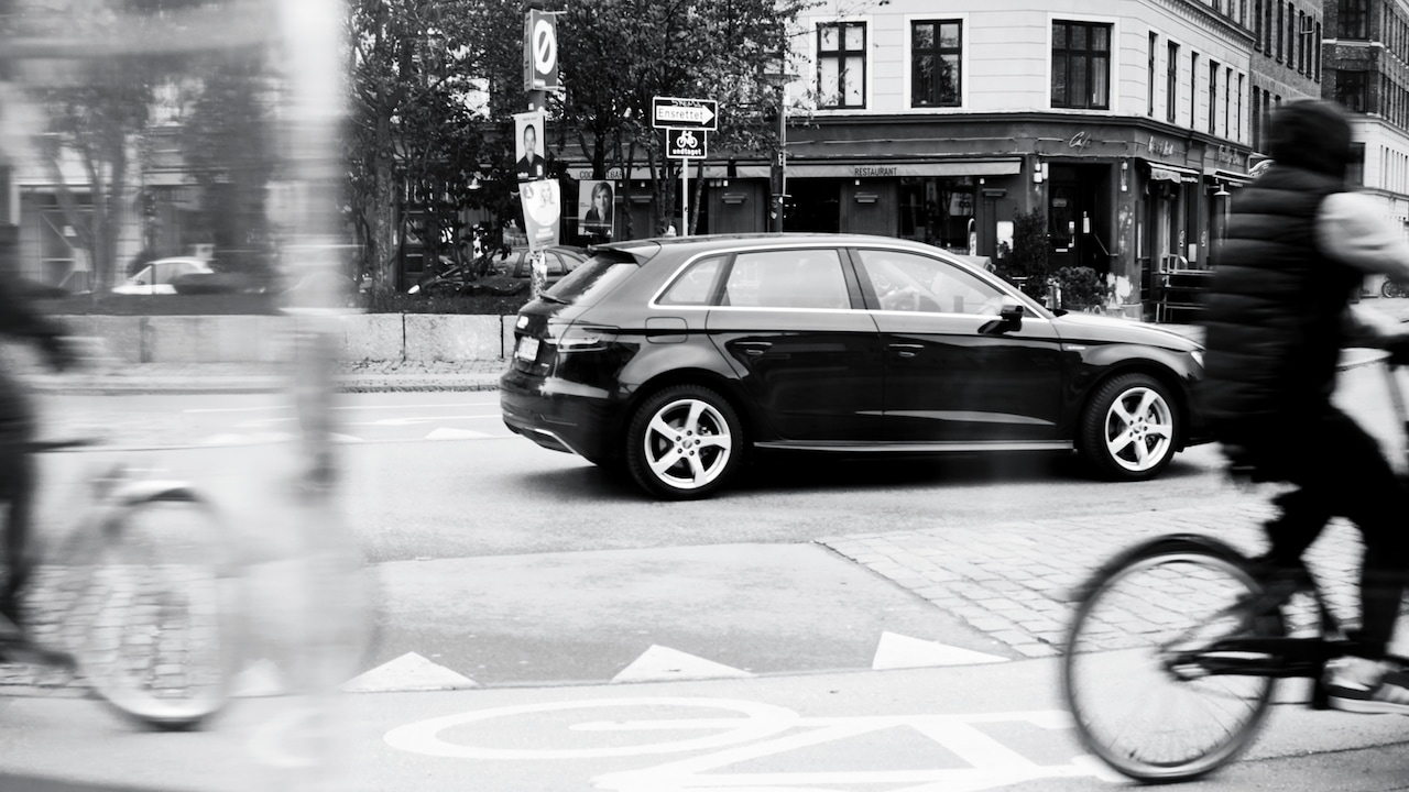 Audi e-tron in the city