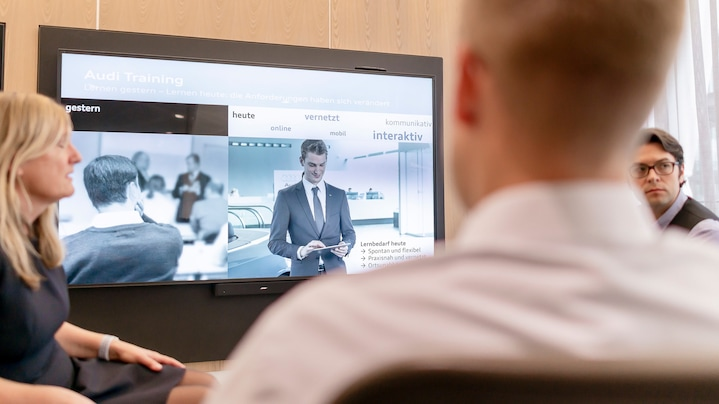 Interviewsituation zum Audi Virtual Training