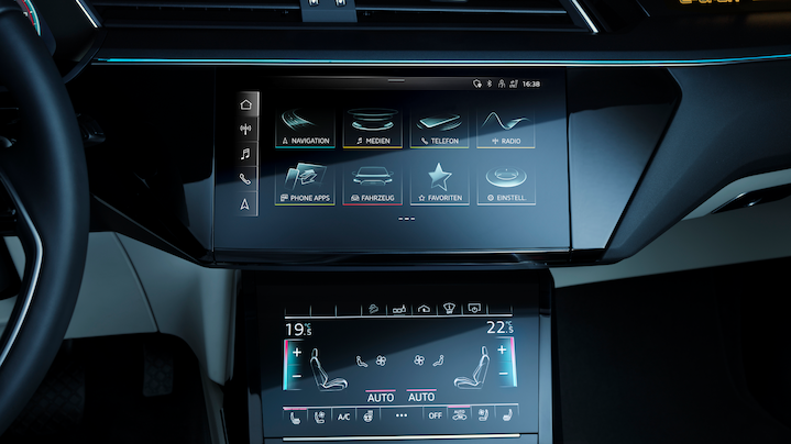 Audi smartphone interface: use selected smartphone functions via the MMI display in the vehicle.